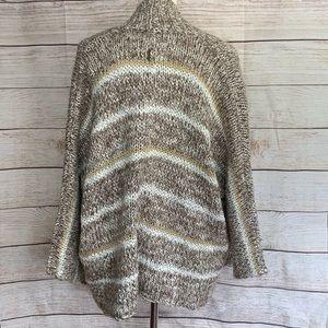 Billabong Stripped Knit Sweater Size Small L